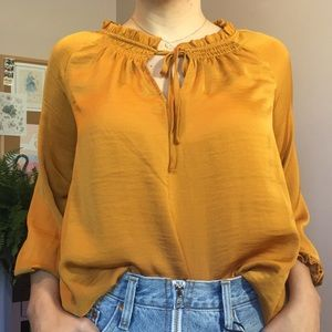 NWT Old Navy Gold Long Sleeve Top Sz XS